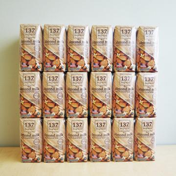 137ディグリーズ アーモンドミルク オリジナル 【HARUNA】のパッケージ画像