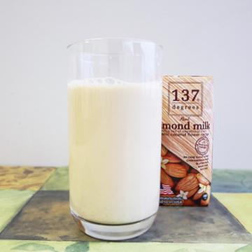 137ディグリーズ アーモンドミルク オリジナル 【HARUNA】の中身画像