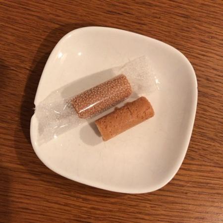 maruta こめ粉ロールクッキー 【太田油脂】の中身画像