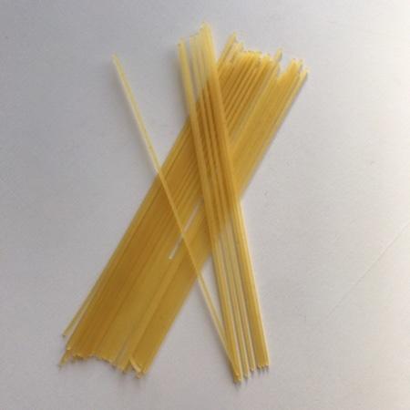 トップバリュ サラダスパゲッティ 【イオン】の中身画像