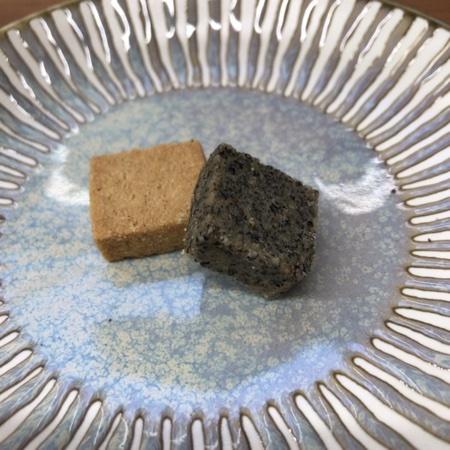 米粉のクッキー 玄米&ごま 【ビオクラ】の中身画像