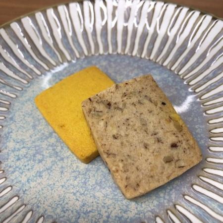 野菜のマクロビオティッククッキー かぼちゃ&ペカンナッツ 【ビオクラ】の中身画像