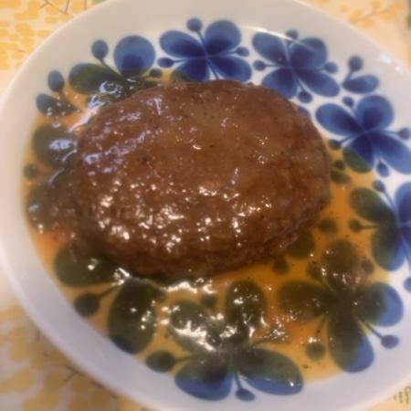 千葉白子町の新玉ねぎをつかったハンバーグ 【石井食品】の中身画像