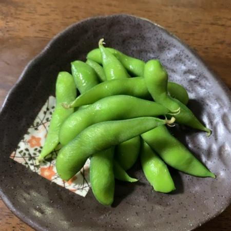 塩ゆで枝豆 【ローソン】の中身画像