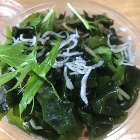 海藻たっぷりサラダ 【デイリーヤマザキ】の中身画像