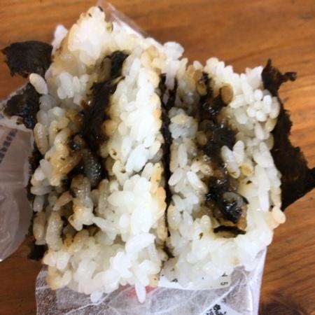SEVEN&i 醤油海苔仕立ておむすび バター香る のりバタしょうゆ【セブンイレブン】の中身画像