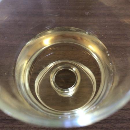 セブンプレミアム 果汁100% マスカットミックス 【セブンイレブン】の中身画像