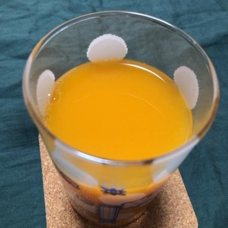 果汁100%ジュース みかん 【無印良品】の中身画像