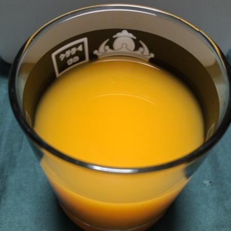 えひめのみかんジュース 【伯方果汁】の中身画像