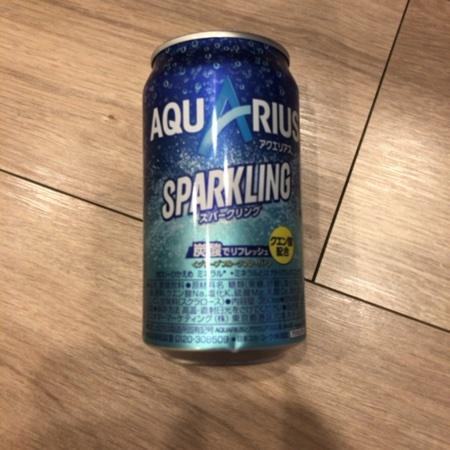 アクエリアス スパークリング 【コカ・コーラ】のパッケージ画像