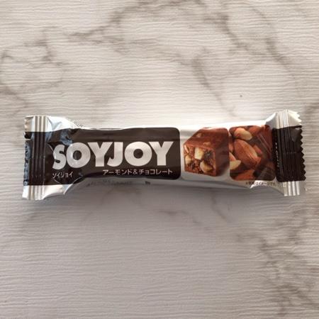 SOYJOY アーモンド&チョコレート 【大塚製薬】のパッケージ画像