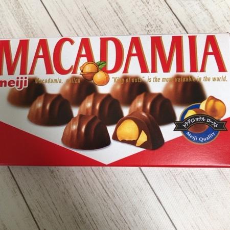 マカダミアチョコレート 【明治】のパッケージ画像